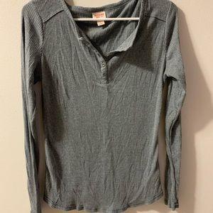 Women's Gray Long-Sleeve